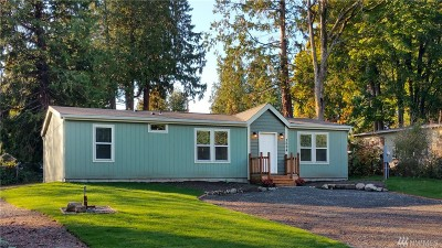 Ferndale Single Family Home For Sale: 3694 Galiano Dr
