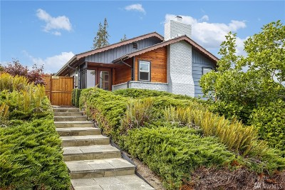 Everett Single Family Home For Sale: 5020 Seaview Wy
