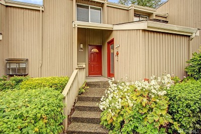 Redmond Condo/Townhouse For Sale: 17014 NE 80th St #C6