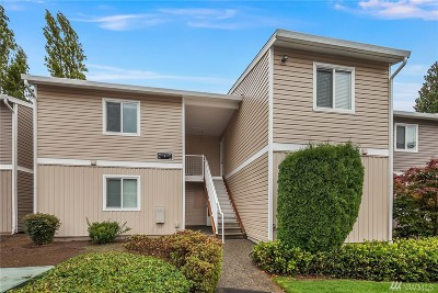 Kirkland Condo/Townhouse For Sale: 12406 NE 130th Ct #J204