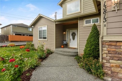 Lynnwood Condo/Townhouse For Sale: 13813 Admiralty Wy #A