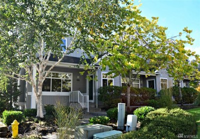 Sammamish Condo/Townhouse For Sale: 921 232nd Place NE