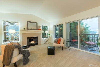 Bothell Condo/Townhouse For Sale: 18930 Bothell Everett Hwy #G301