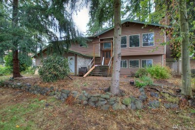 Bothell Single Family Home For Sale: 17927 Sunset Rd