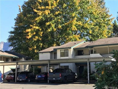 North Bend, Snoqualmie Condo/Townhouse For Sale: 336 Healy Ave S #4