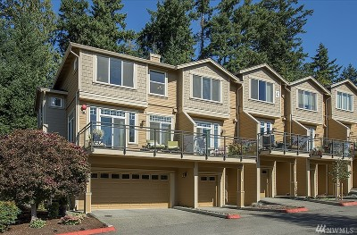 Issaquah Condo/Townhouse For Sale: 23300 SE Black Nugget Rd #C-1