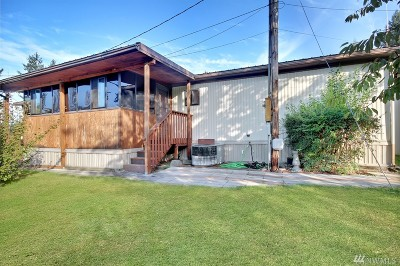 Puyallup Single Family Home For Sale: 15819 85th Ave E