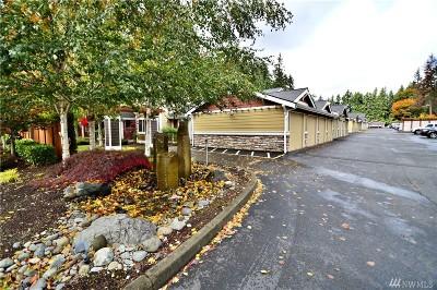 Puyallup Condo/Townhouse For Sale: 12010 113th Av Ct E #23