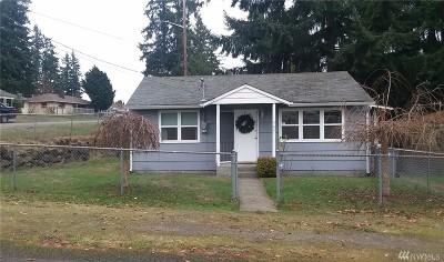 Renton Single Family Home For Sale: 3631 NE 7th Place