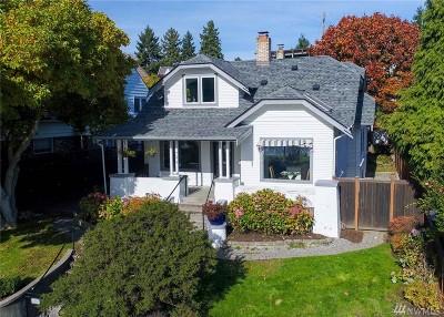 Single Family Home For Sale: 7574 E Green Lake Dr N