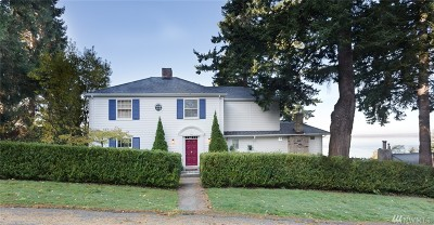 Bellingham Single Family Home For Sale: 444 17th St