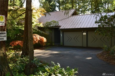 Maple Valley Single Family Home For Sale: 20524 SE 248 St