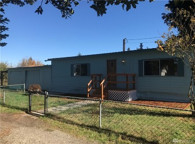 Centralia Single Family Home For Sale: 3307 Edgewood Lane