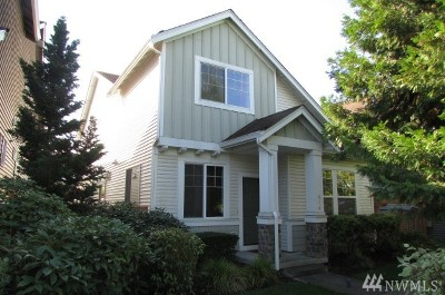Auburn Condo/Townhouse For Sale: 910 67th St SE