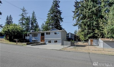 Mountlake Terrace Single Family Home For Sale: 22136 64th Ave W