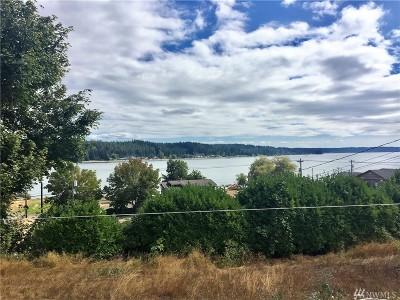 Allyn Single Family Home For Sale: 82 E Lakeland