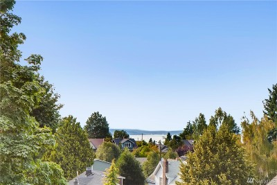 King County Single Family Home For Sale: 2336 44th Ave SW #B