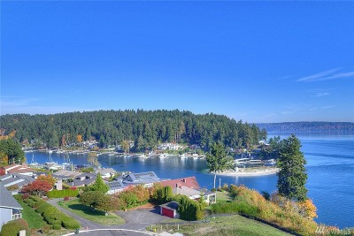 Gig Harbor Condo/Townhouse For Sale: 7305 Soundview Dr #102