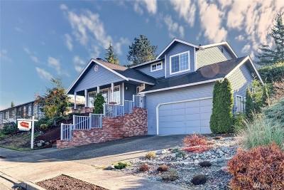 Renton Single Family Home For Sale: 2711 NE 4th Ct