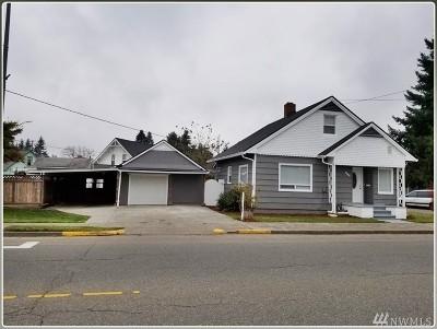 Centralia Single Family Home For Sale: 901 Alder