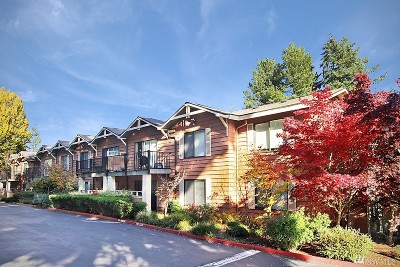 Edmonds Condo/Townhouse For Sale: 8025 234th St SW #121