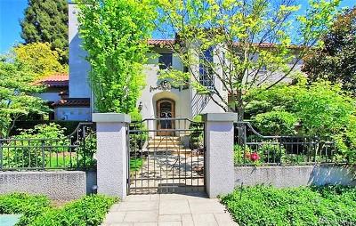 Seattle Single Family Home For Sale: 1952 Shenandoah Dr E