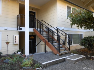 Bellevue Condo/Townhouse For Sale: 14602 NE 51st Place #D2