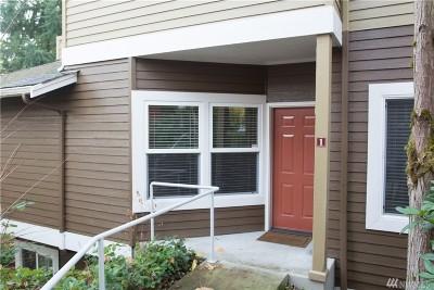 Bellevue Condo/Townhouse For Sale: 12947 SE 26th Place #E1