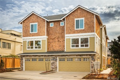 Edmonds Condo/Townhouse For Sale: 622 Bell St #104