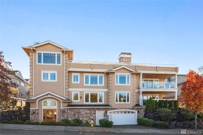 Edmonds Condo/Townhouse For Sale: 530 Dayton St #301