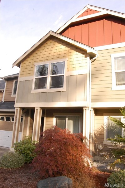 Puyallup WA Condo/Townhouse For Sale: $205,000