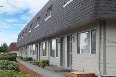 Tacoma Multi Family Home For Sale: 9009 S Hosmer St