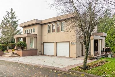 Edmonds Single Family Home For Sale: 7931 Cyrus Place