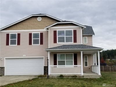 Single Family Home For Sale: 105 Derby Ct SE
