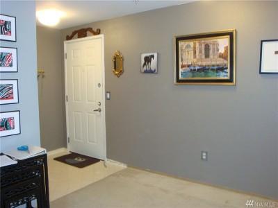 Mountlake Terrace Condo/Townhouse For Sale: 23301 Cedar Wy #U201