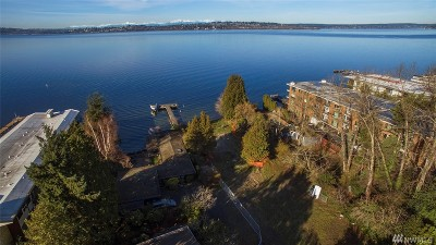 Kirkland Single Family Home For Sale: 6207 Lake Washington Blvd NE