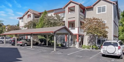 Lynnwood Condo/Townhouse For Sale: 14815 29th Ave W #J304