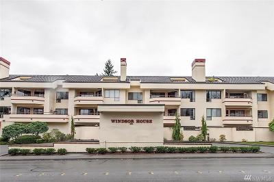 Bellevue Condo/Townhouse For Sale: 401 100th Ave NE #215