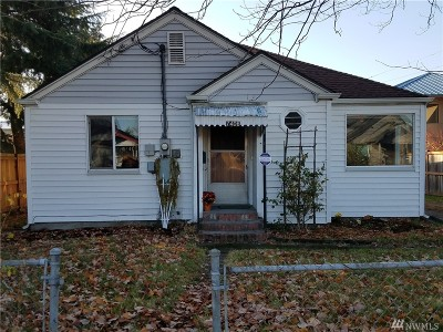 Single Family Home For Sale: 7406 S Puget Sound Ave