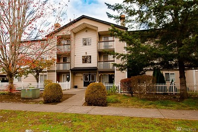 Monroe Condo/Townhouse For Sale: 16517 Currie Rd SE #B203