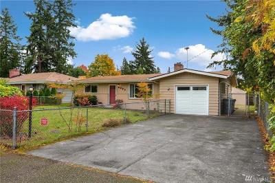 Renton Single Family Home For Sale: 2221 NE 28th St