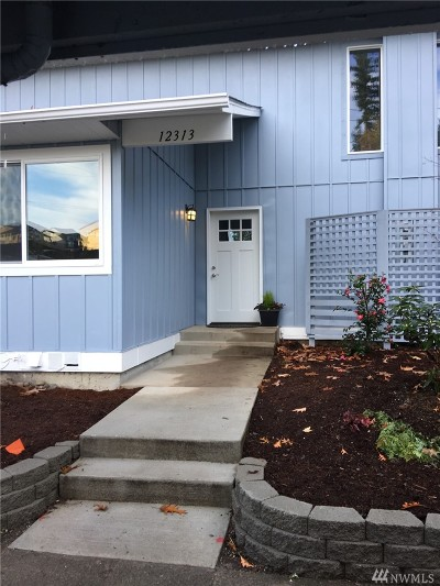 Kirkland Single Family Home For Sale: 12313 NE 150th Ct