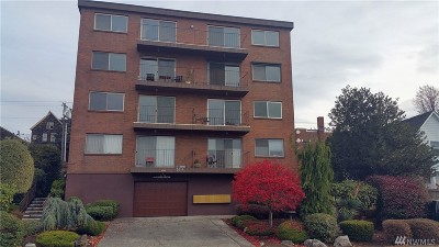 Everett Condo/Townhouse For Sale: 2619 Rucker Ave #13