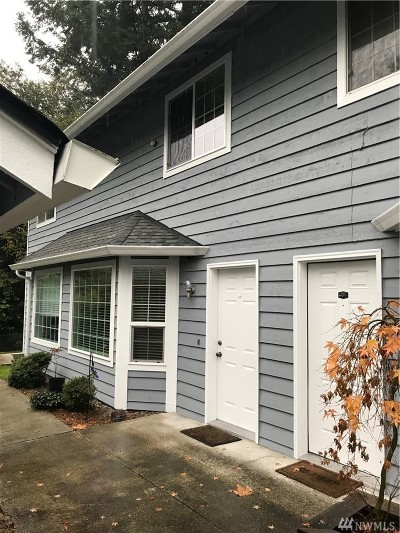 Steilacoom Condo/Townhouse For Sale: 203 View Rd