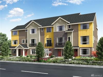 Bellevue Condo/Townhouse For Sale: 15730 14th Terr NE #2503