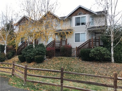 Lynnwood Condo/Townhouse For Sale: 5733 186th Place SW #B