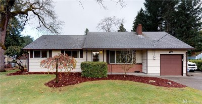 Lakewood Single Family Home For Sale: 11603 Military Rd SW