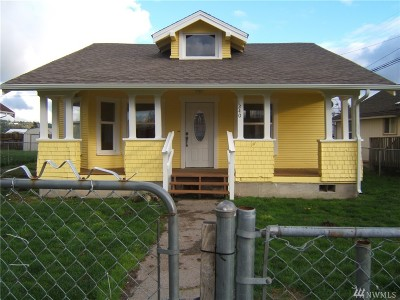 Centralia Single Family Home For Sale: 1240 S Tower Ave