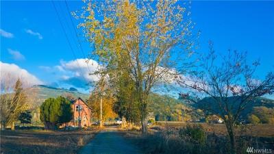 Mount Vernon Farm For Sale: 19551 Burkland Rd