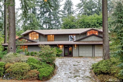 Mercer Island Single Family Home For Sale: 8510 SE 82nd St